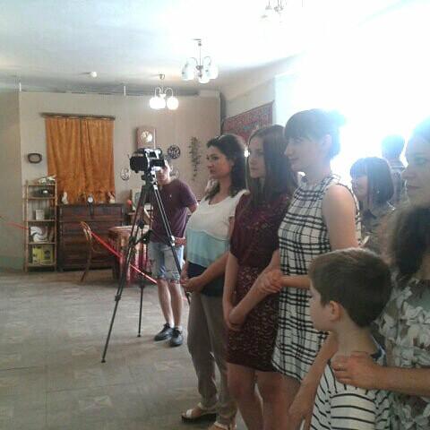 В Лозовском музее открылась первая выставка учениц художественной школы, фото-2