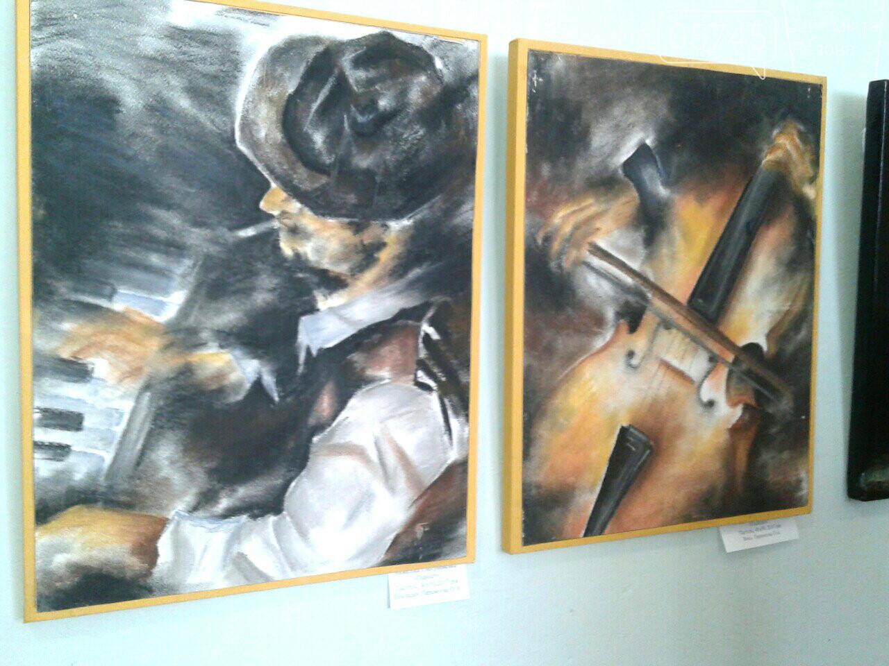 В Лозовском музее открылась первая выставка учениц художественной школы, фото-5