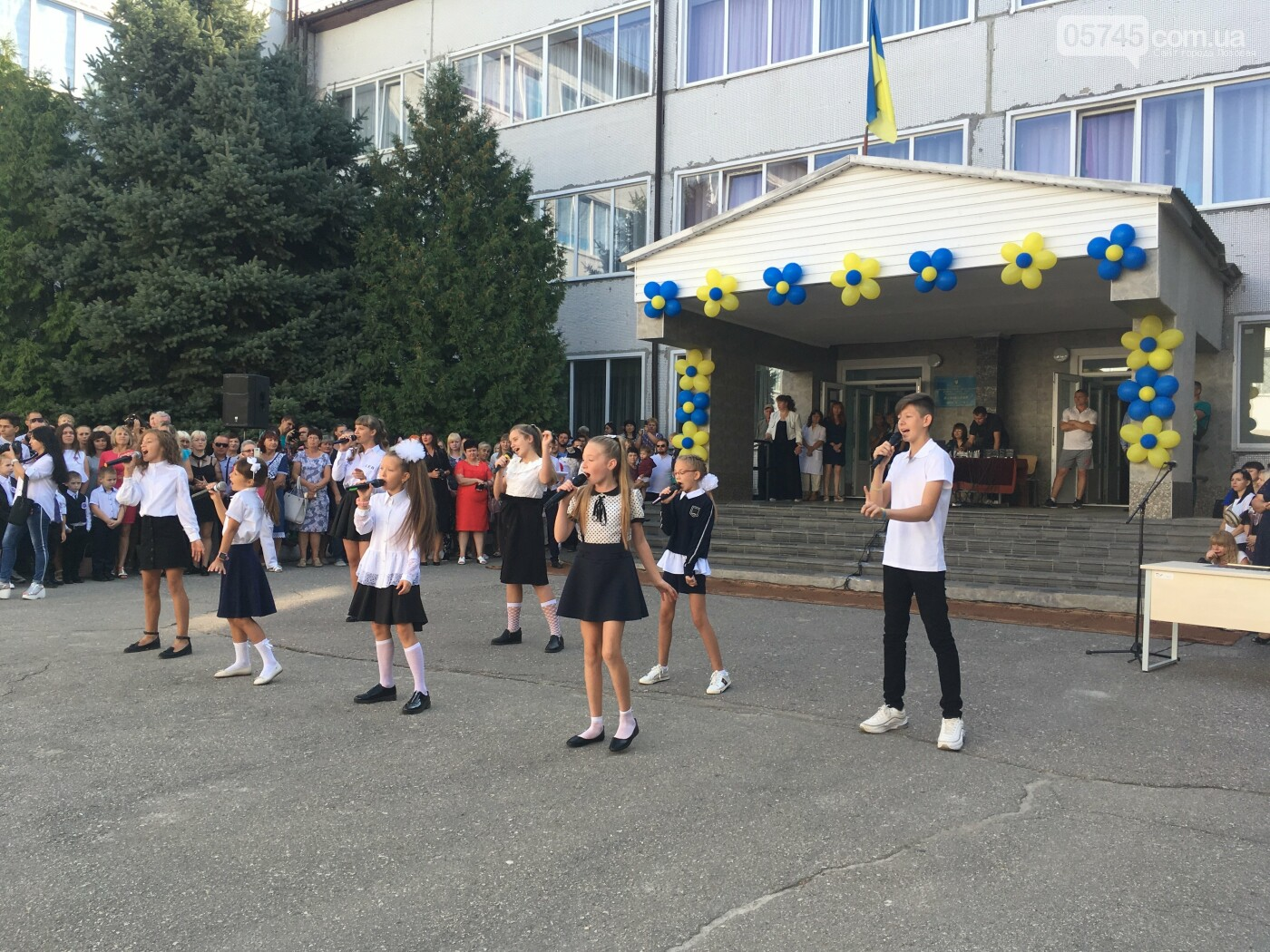 Праздник Первого звонка. В школах Лозовской ОТГ начался новый учебный год, фото-6