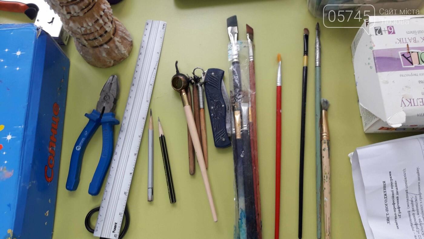 В детской библиотеке учили рисовать по ткани методом «Горячий батик», фото-8