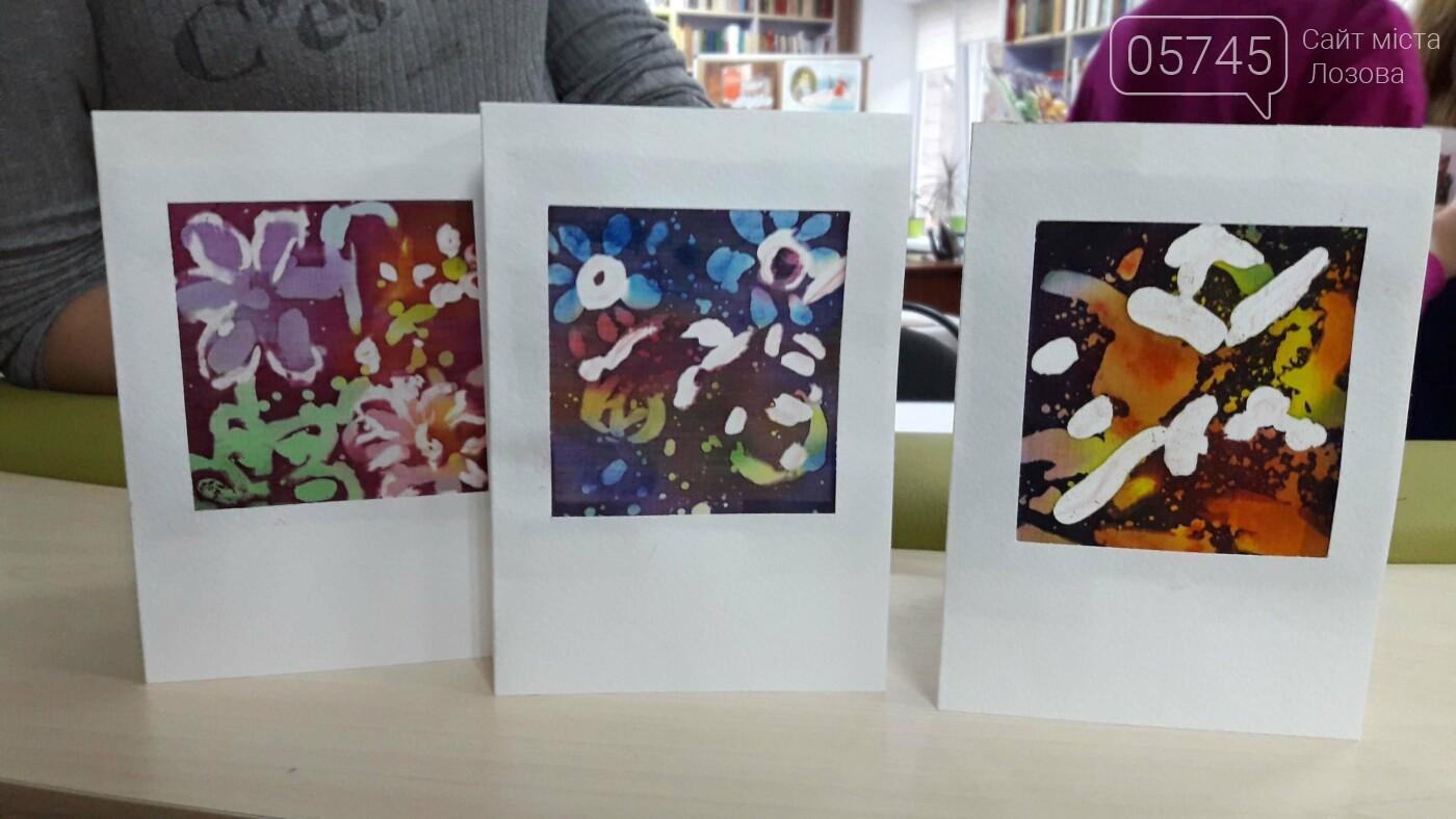 В детской библиотеке учили рисовать по ткани методом «Горячий батик», фото-23