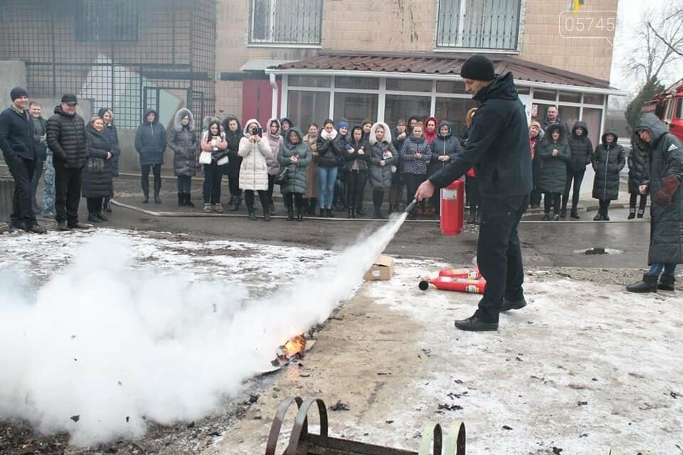 Лозовской суд эвакуировали из-за фиктивного пожара, фото-4