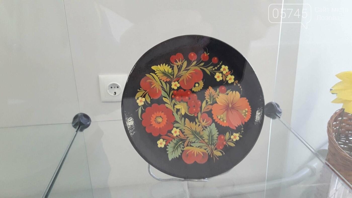 Открыли после ремонта: в Лозовском музее заработал выставочный зал, фото-25