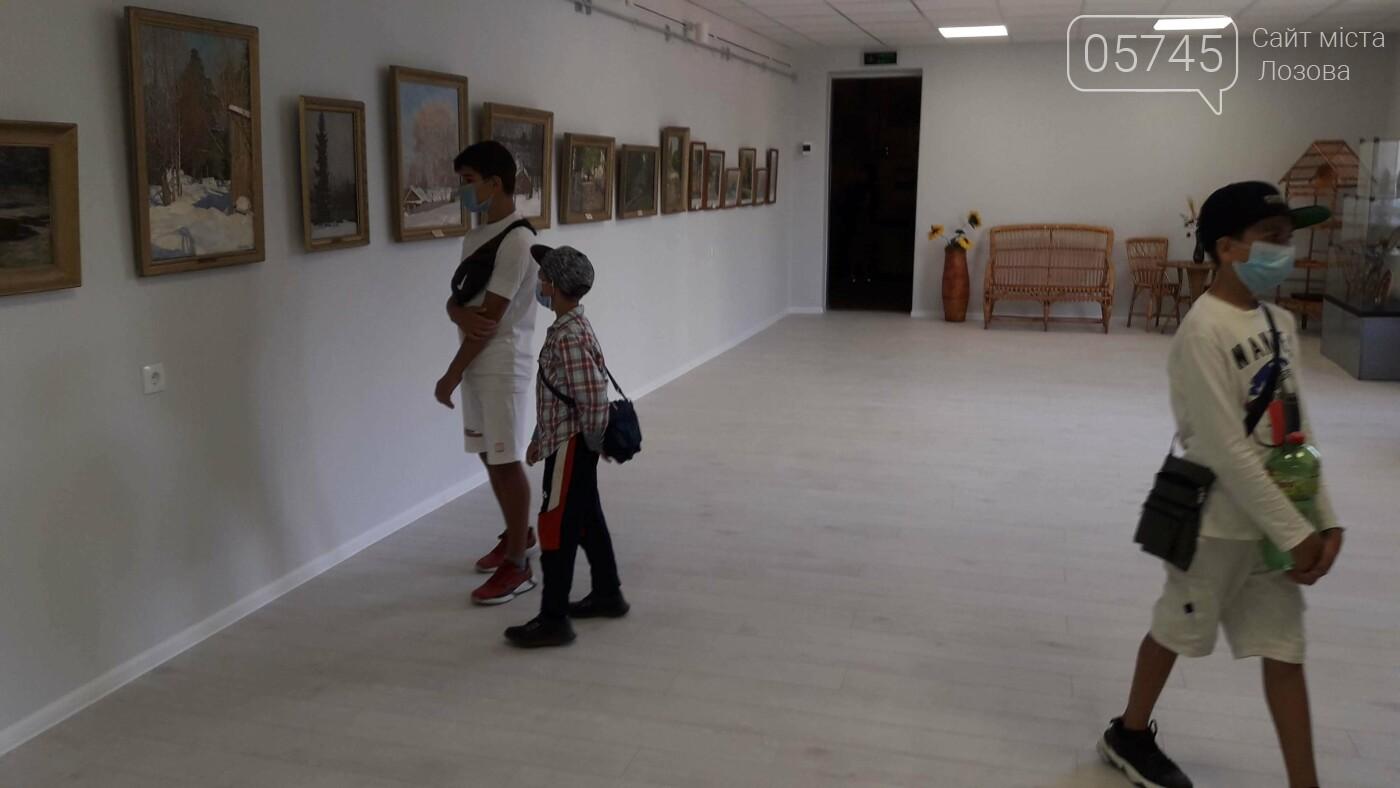 Открыли после ремонта: в Лозовском музее заработал выставочный зал, фото-33