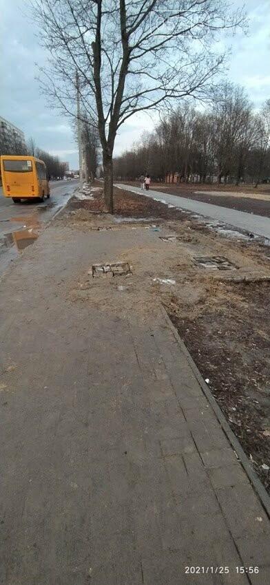 Нові на зміну старим: де у Лозовій планують оновити автобусні зупинки, фото-1