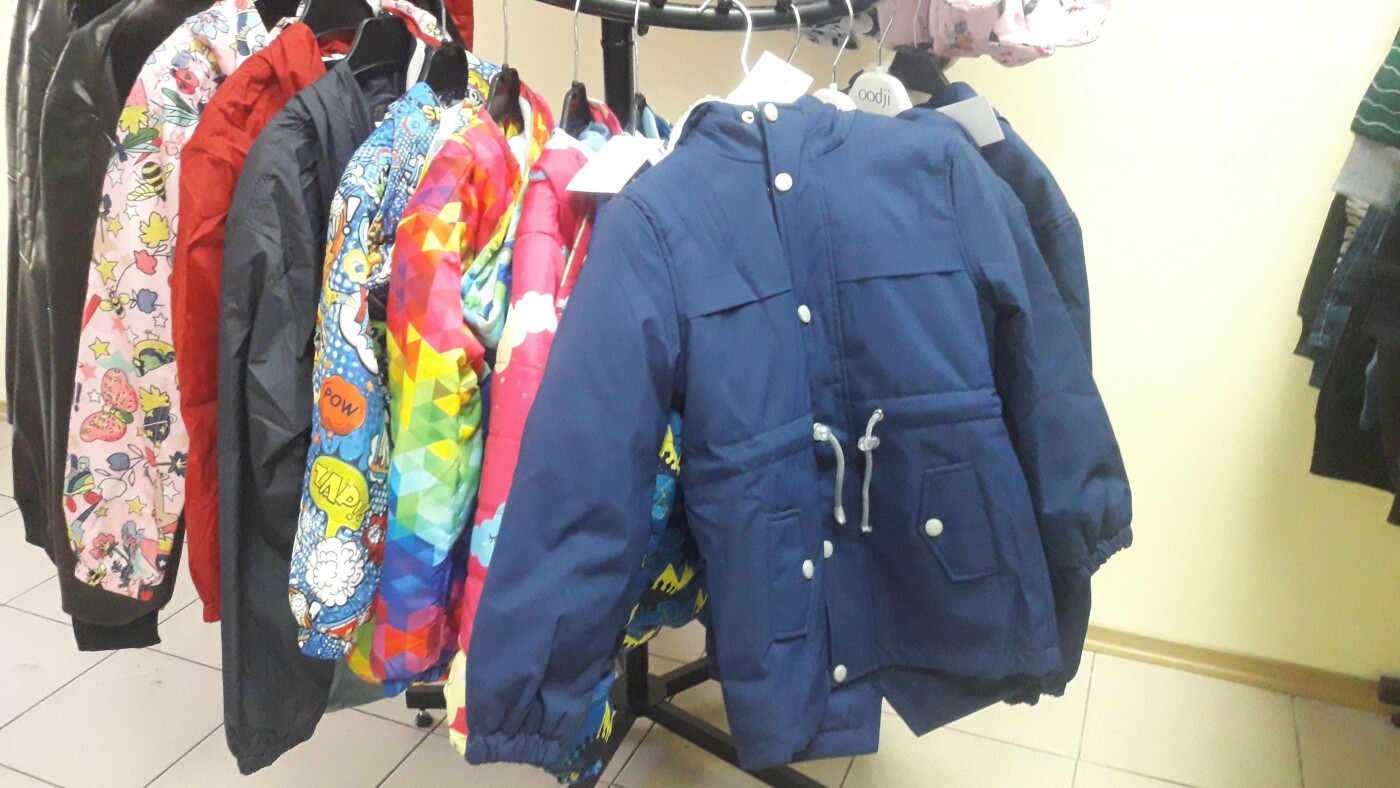 Стильний одяг для дітей і косметика для дорослих: у Лозовій відкрився магазин «V-Baby», фото-27