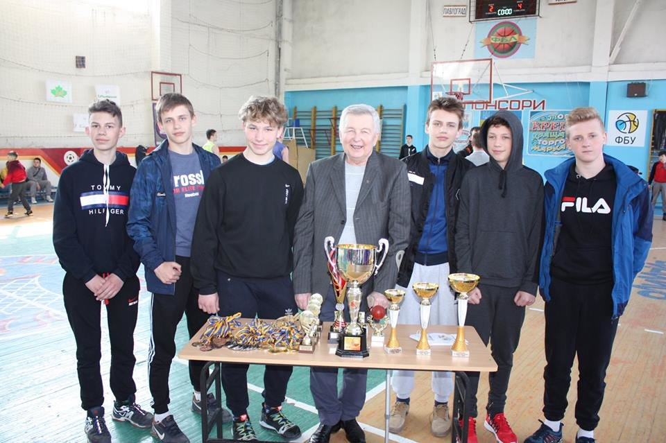 В Лозовой прошел XIX турнир по баскетболу среди мужских команд на призы В.И. Мельникова, фото-5