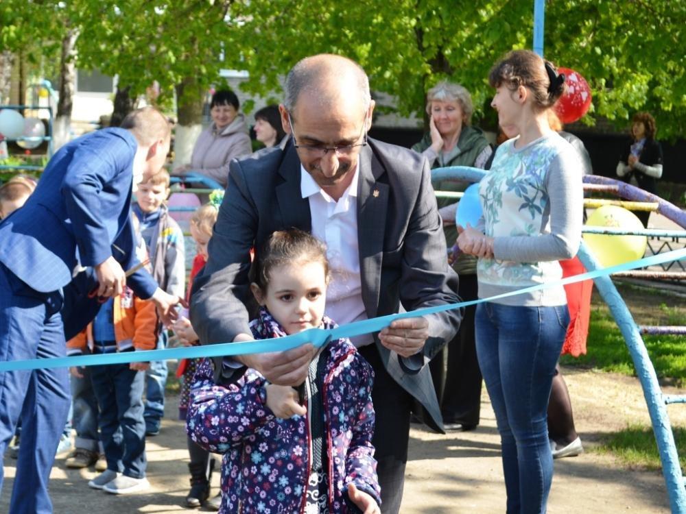 В Краснопавловском детском саду открыли новую игровую площадку, фото-1