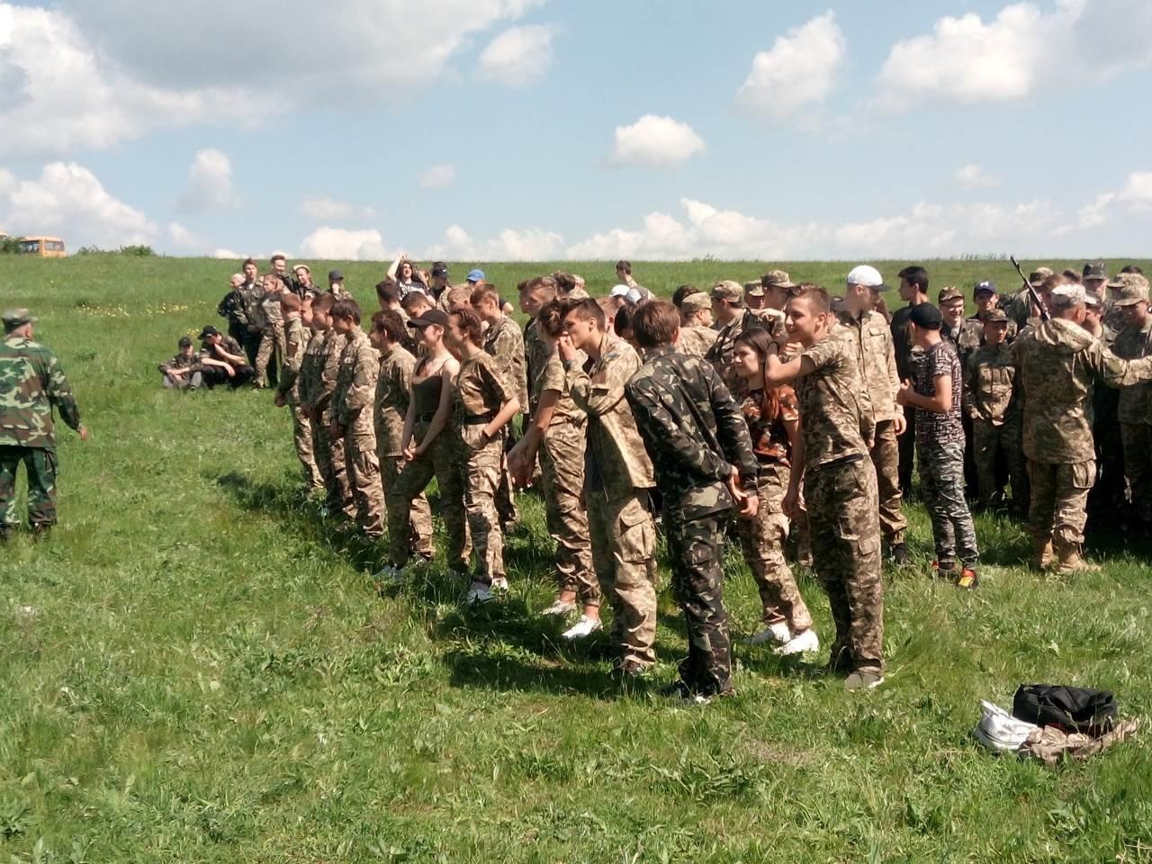 Лозовские старшеклассники вышли на  учебно-полевые занятия, фото-2