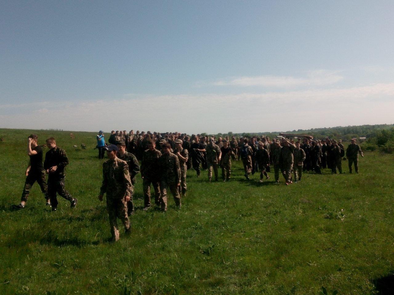 Лозовские старшеклассники вышли на  учебно-полевые занятия, фото-11