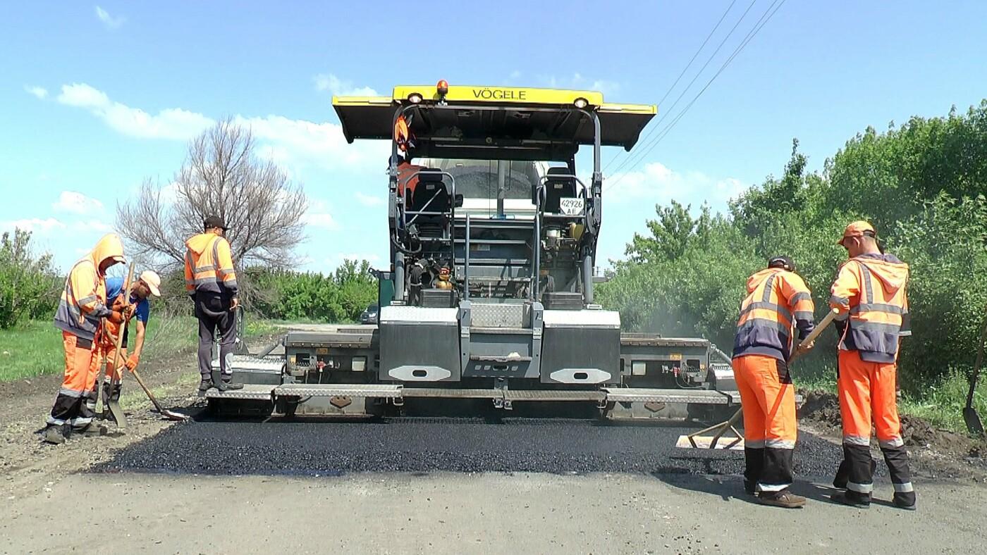 На Лозовщине идёт ремонт дороги Садовое-Катериновка, фото-1