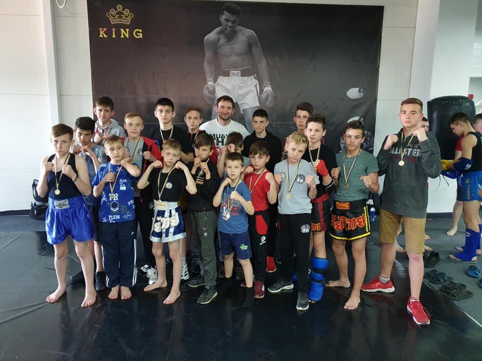 Лозовчане завоевали первое командное место в областном Чемпионате по боксу Муай-тай, фото-1