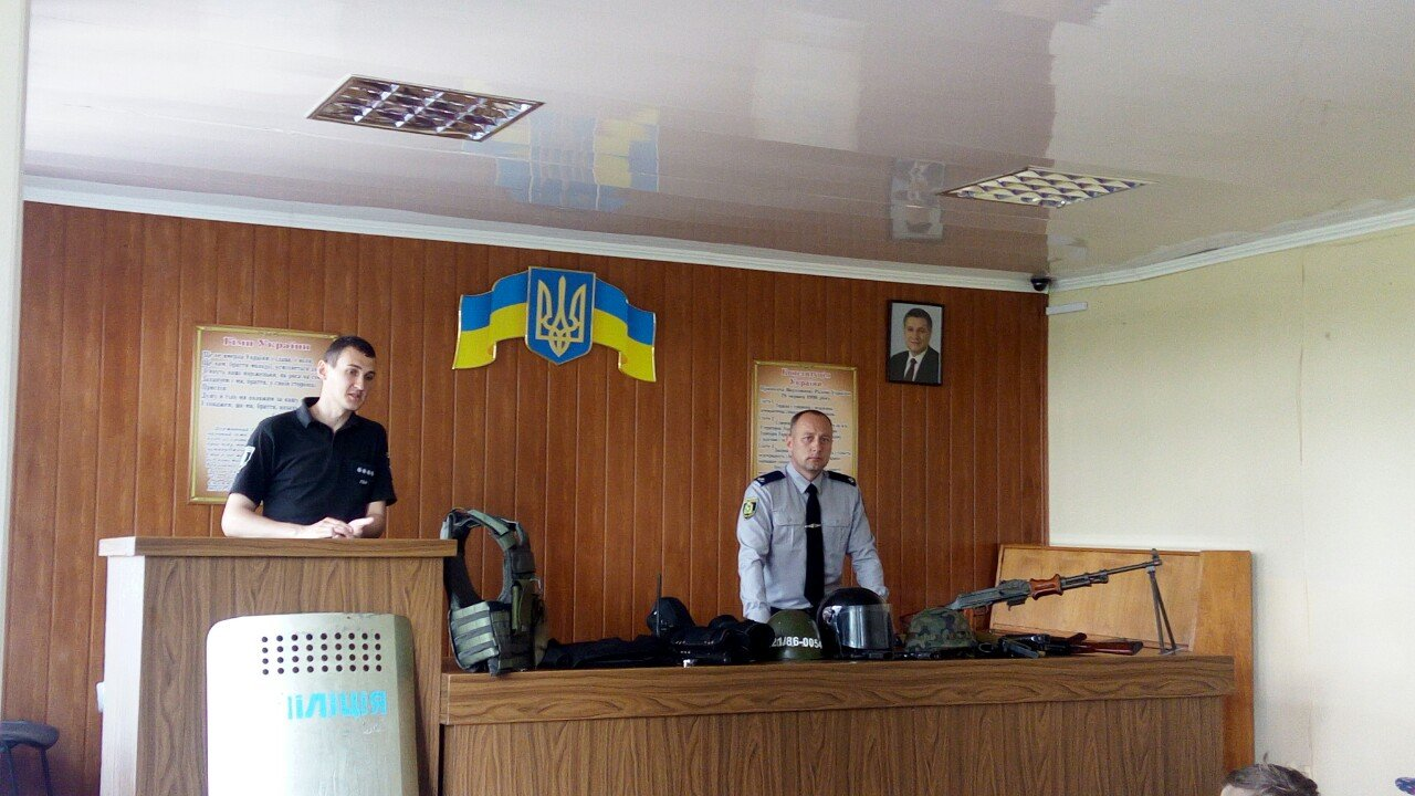 Лозовские полицейские провели в отделе экскурсию для детей, фото-1