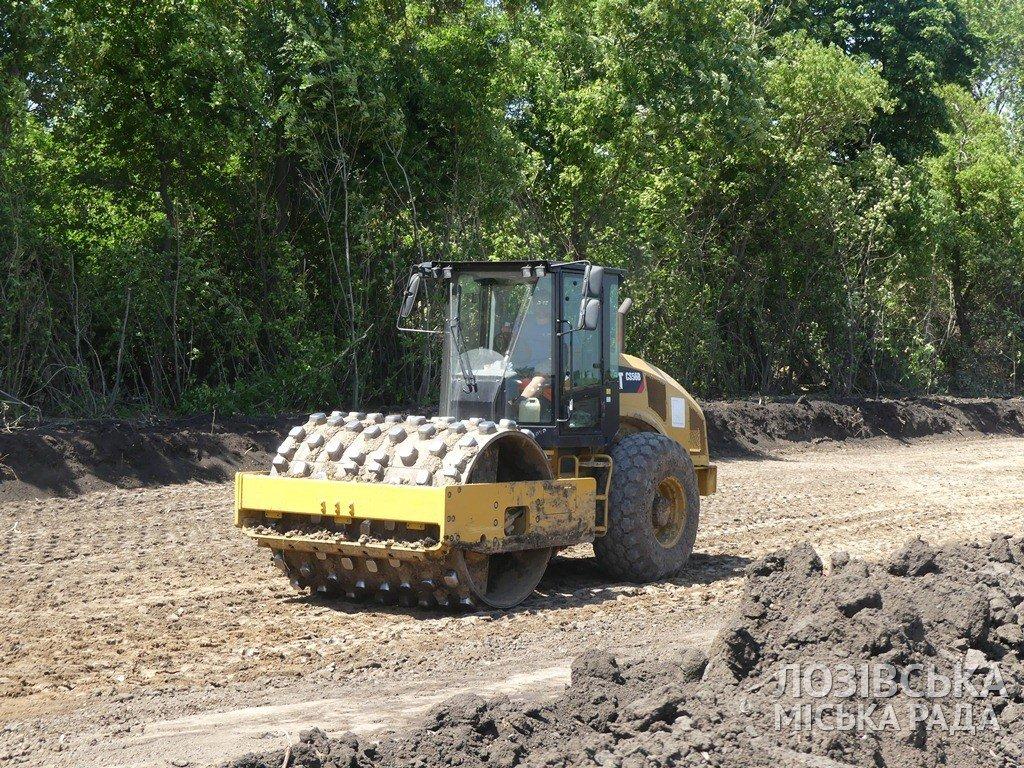 Строительство объездной дороги в Лозовой  планируют закончить к сентябрю, фото-2