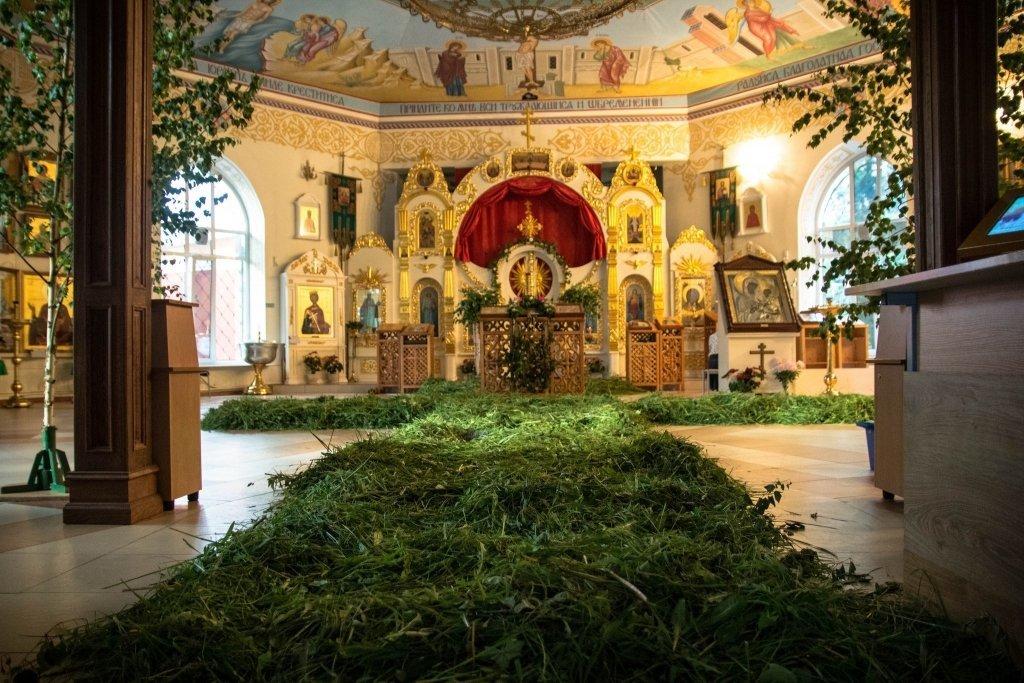 Завтра христиане празднуют Троицу. Обычаи, приметы и традиции этого праздника.  , фото-1