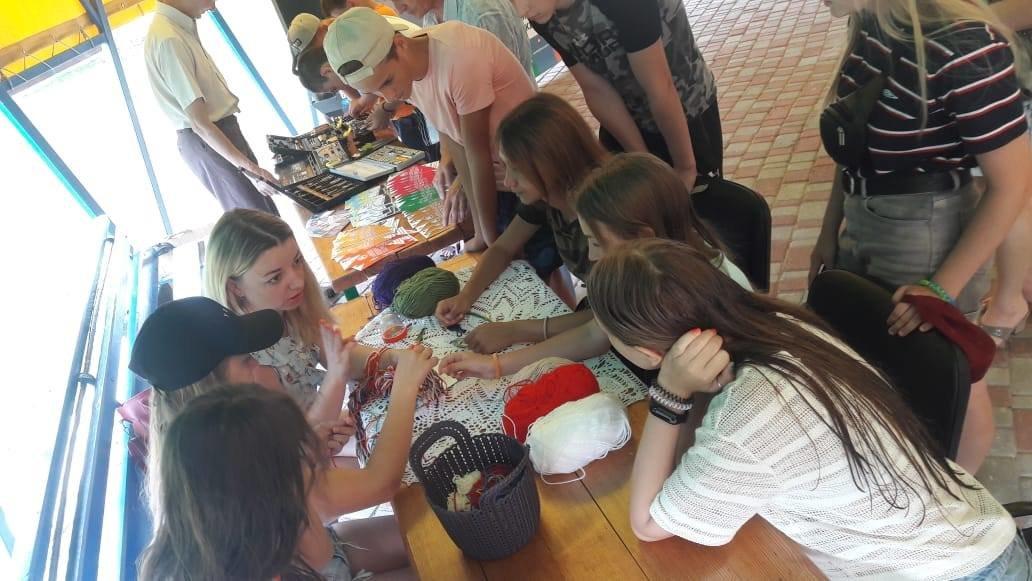 Игры, ребусы, мастер-классы. В Лозовой детей знакомили с миром профессий, фото-7