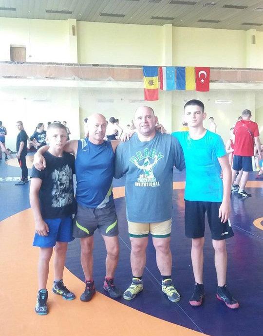 Лозовчане стали чемпионами по вольной борьбе на международных сборах в Конча-Заспе, фото-3