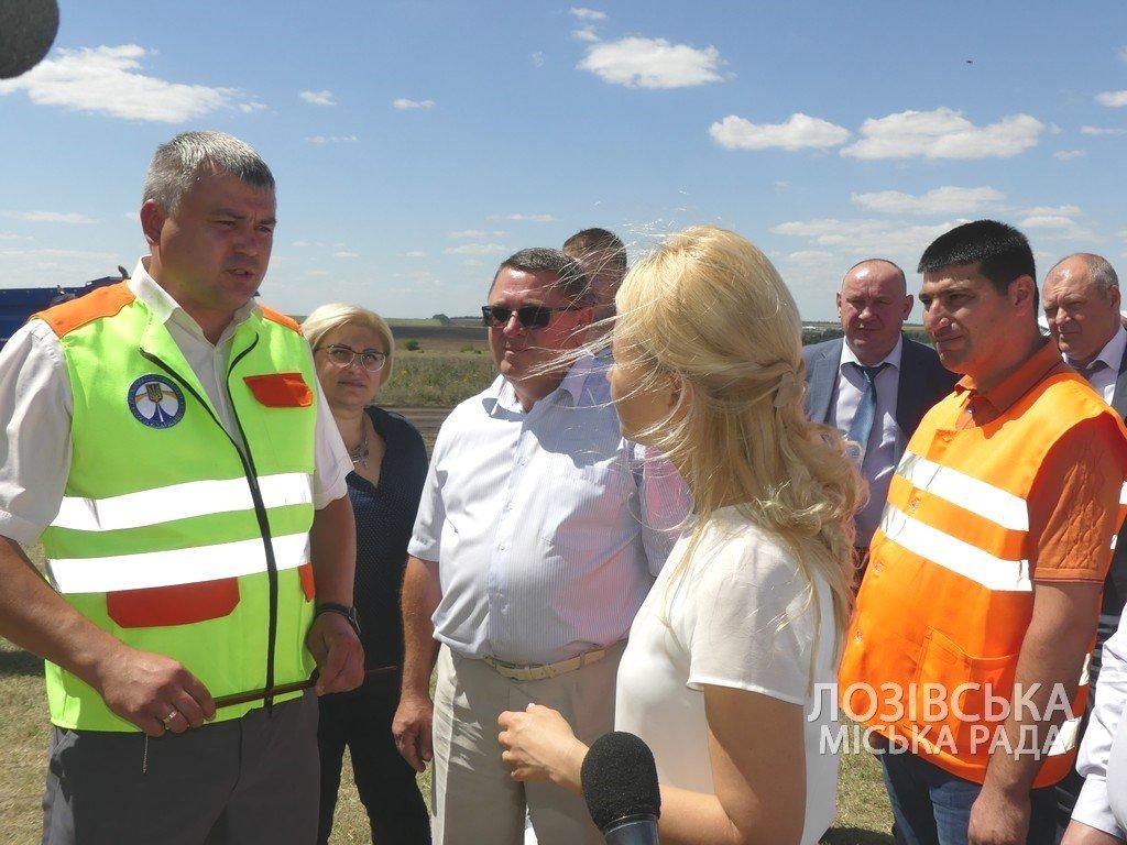Для проверки хода строительства объездной дороги в Лозовую приезжала губернатор области Юлия Светличная, фото-10