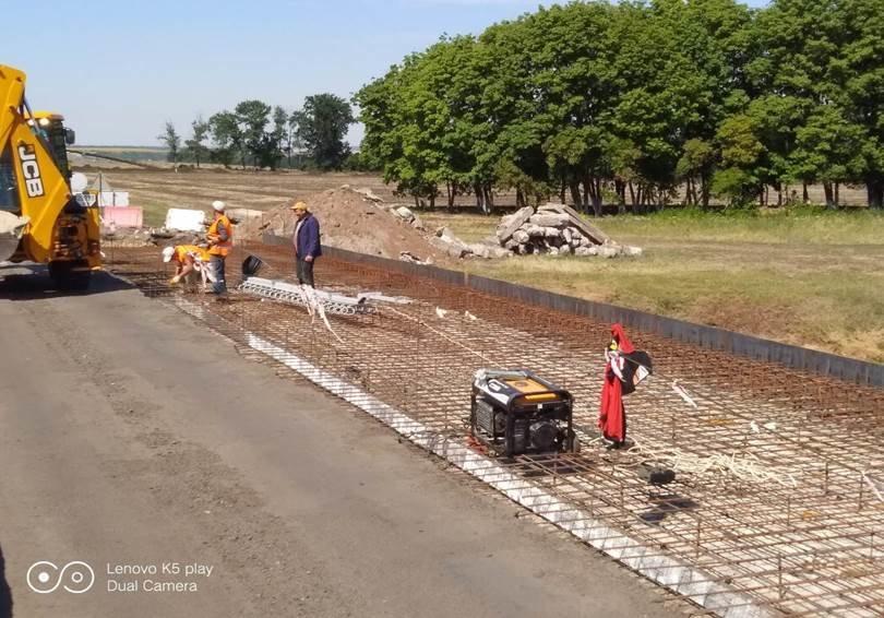 В Лозовой ремонтируют мост по ул. Кооперативная, фото-3