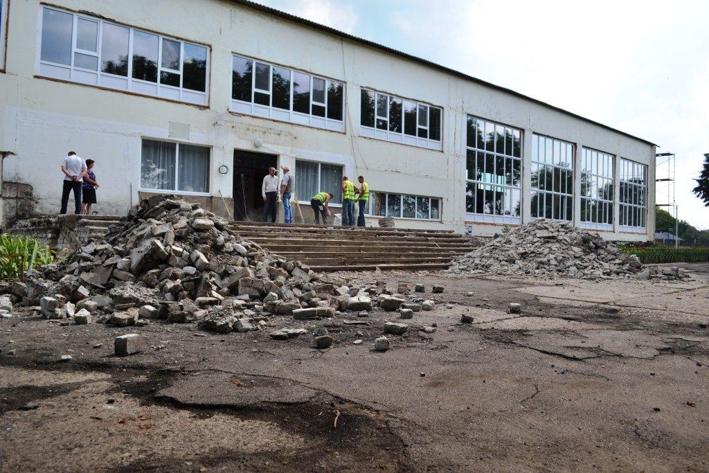 В Лозовском районе капитально ремонтируют Краснопавловский лицей , фото-7