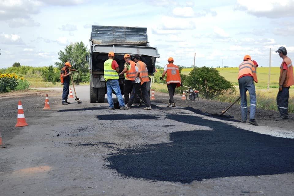 На Лозовщине ремонтируют дорогу Панютино - Старая Владимировка, фото-2