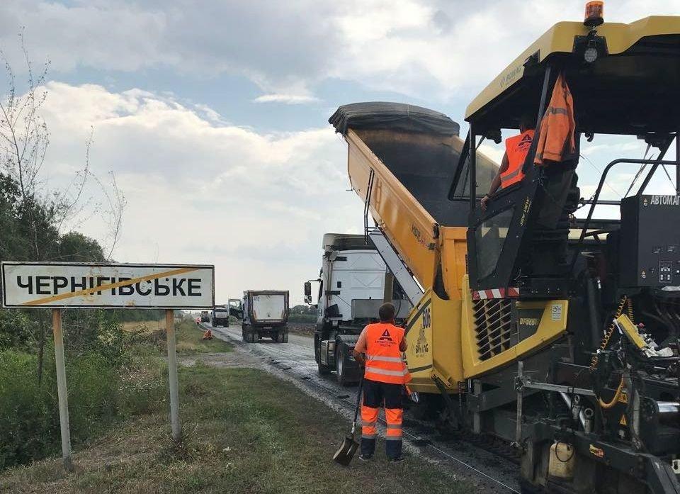Дорожные работы на Лозовщине: восстановили 71 км. трассы и ремонтируют 4 моста в сёлах, фото-3