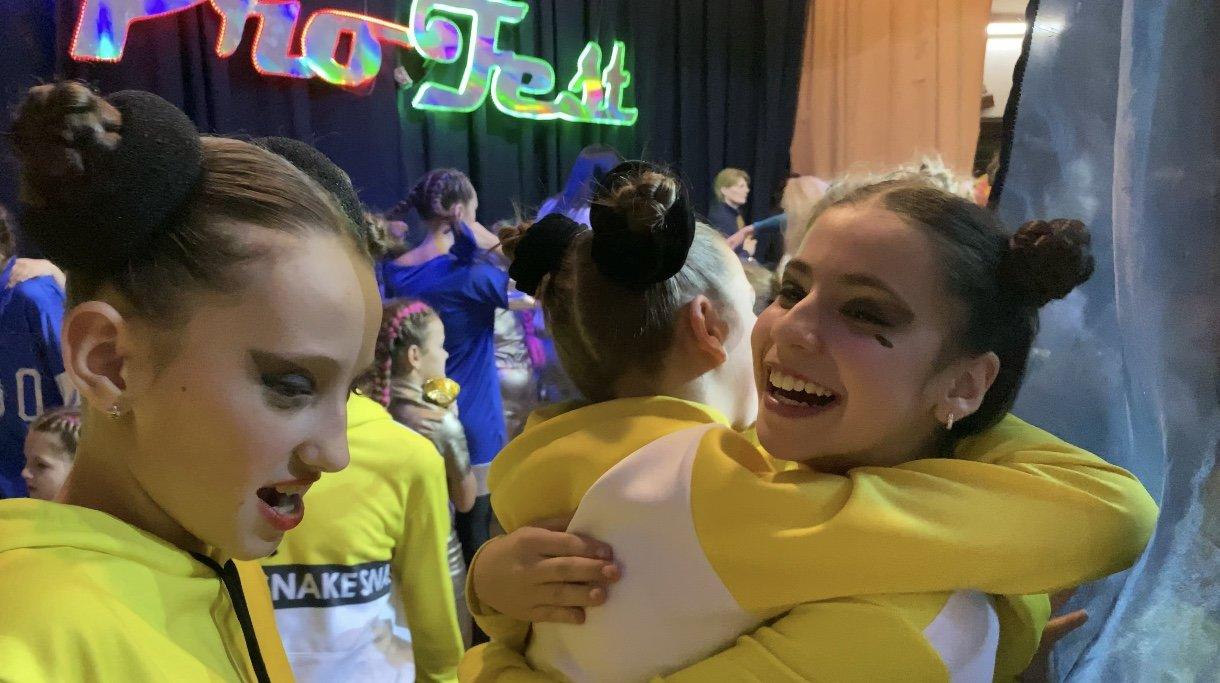 Воспитанницы лозовской школы танцев получили первые места Международного фестиваля, фото-3