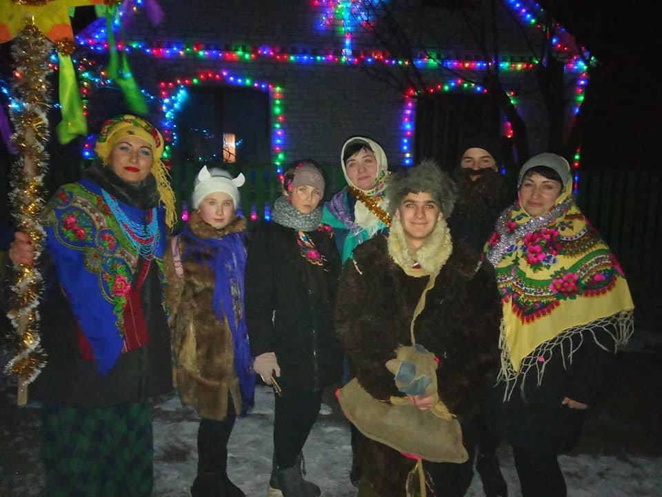 На Лозовщине колядовали и поздравляли с Рождеством (Фото, видео), фото-1