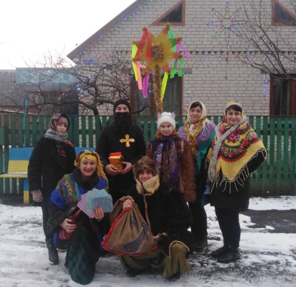 На Лозовщине колядовали и поздравляли с Рождеством (Фото, видео), фото-4