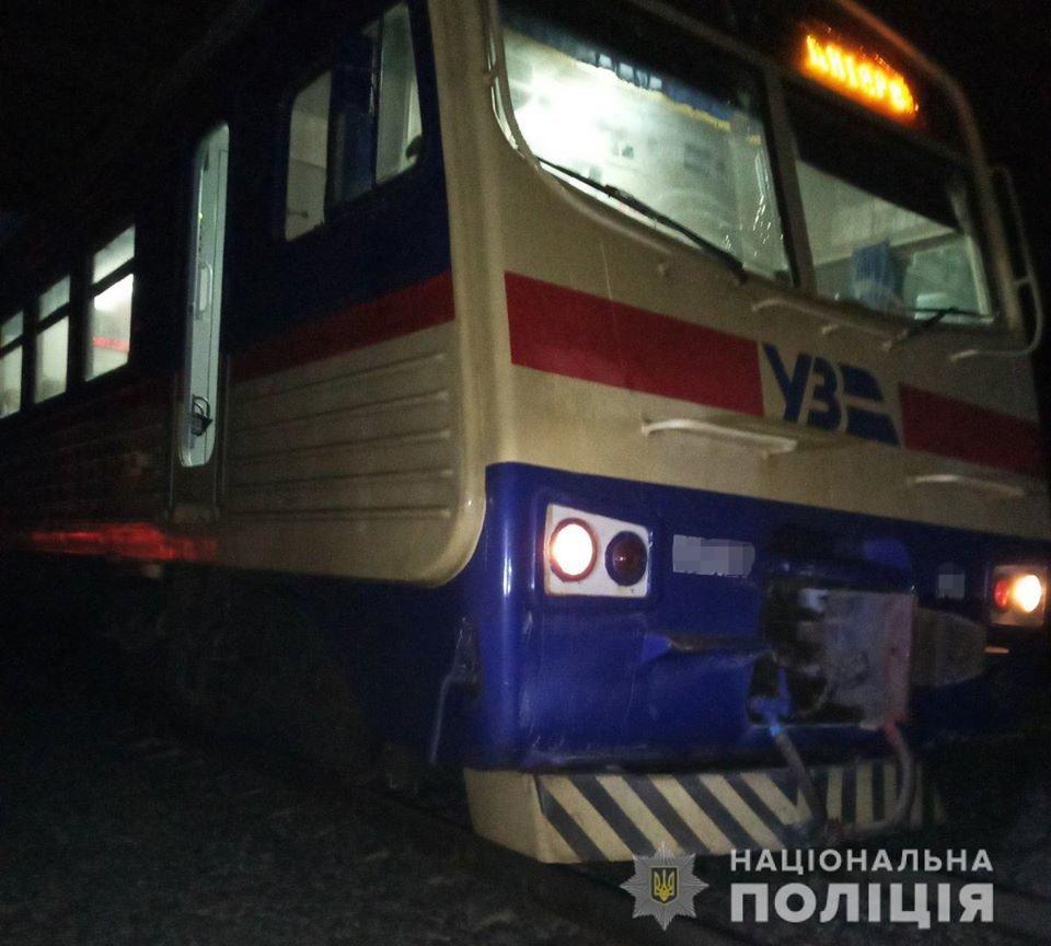 В Лозовой на железной дороге травмировалась женщина: пострадавшая в коме, фото-2
