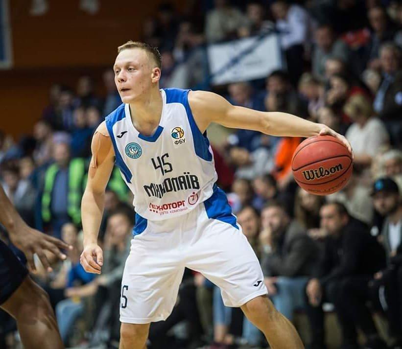 Лозовчанин Виталий Зотов стал кандидатом в национальную сборную по баскетболу, фото-1