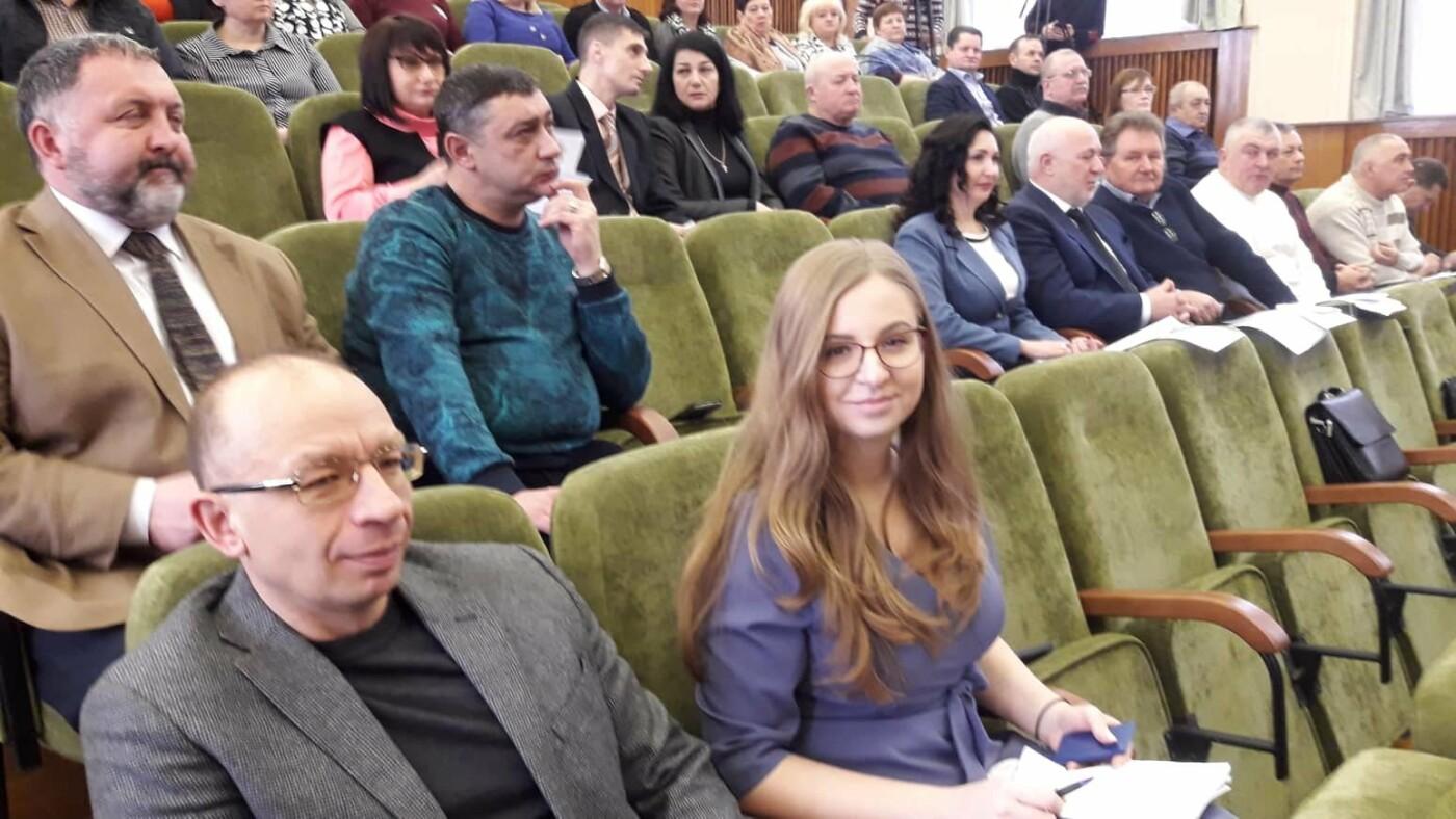 Кадровые изменения: в Лозовой сменились руководители нескольких учреждений, фото-3
