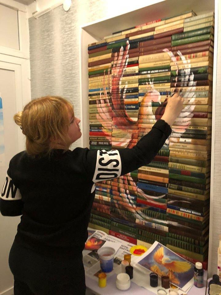 Оригинальная инсталляция и конкурс: в Лозовой заработали библиотеки, фото-2