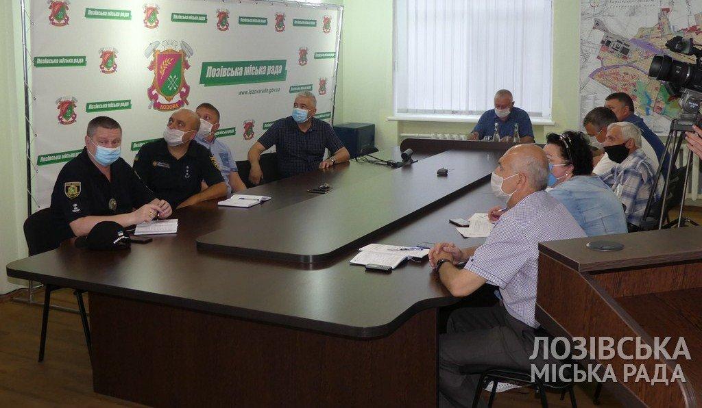Проверят всех: в Лозовой создадут комиссию по соблюдению масочного режима, фото-1