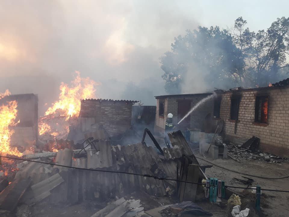 На Харьковщине тракторист спас 20 жилых домов от огня, фото-7
