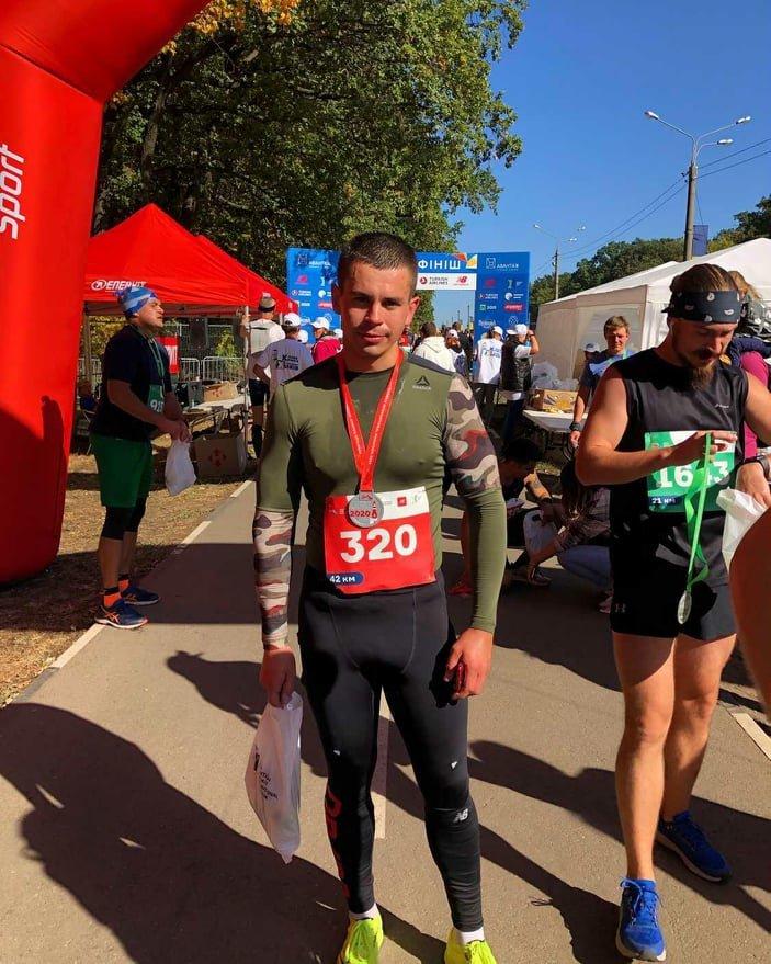 Сбросил вес и изменил тренировки: лозовской тренер по муэй-тай сумел пробежать марафон , фото-2
