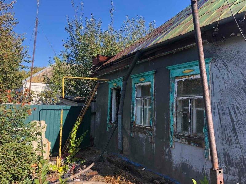 Сгорели домашние вещи: на Лозовщине в жилом доме случился пожар, фото-4