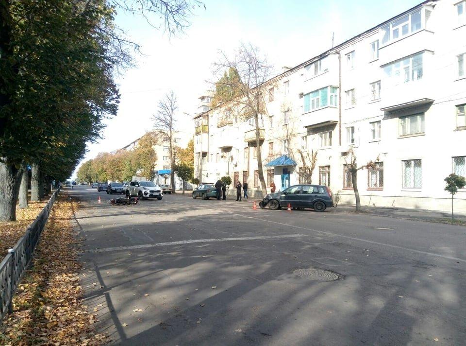 В Лозовой столкнулись Ford и мопед (ФОТО), фото-4