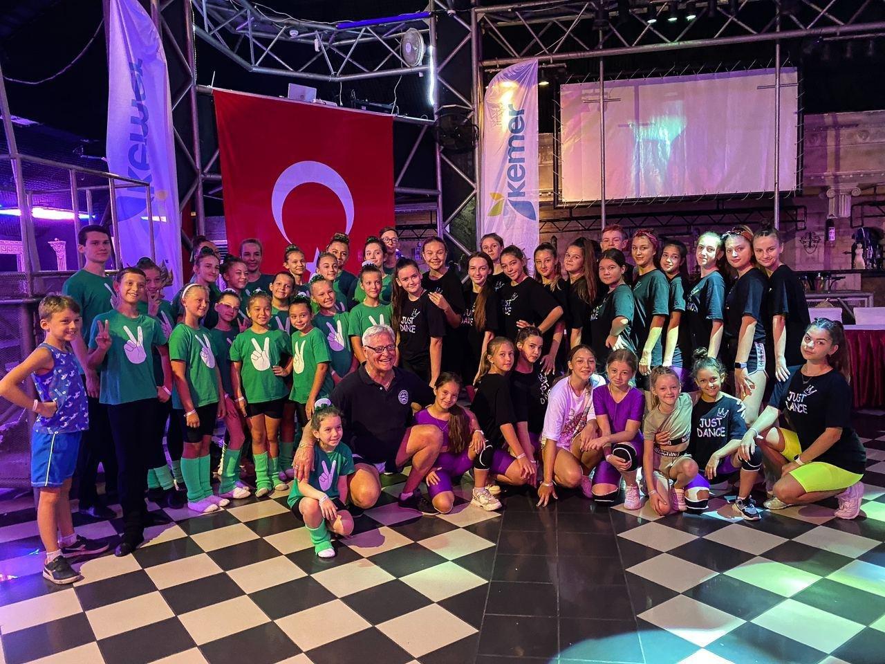 Победа в Турции: школа танцев из Лозовой получила награды международного фестиваля, фото-3