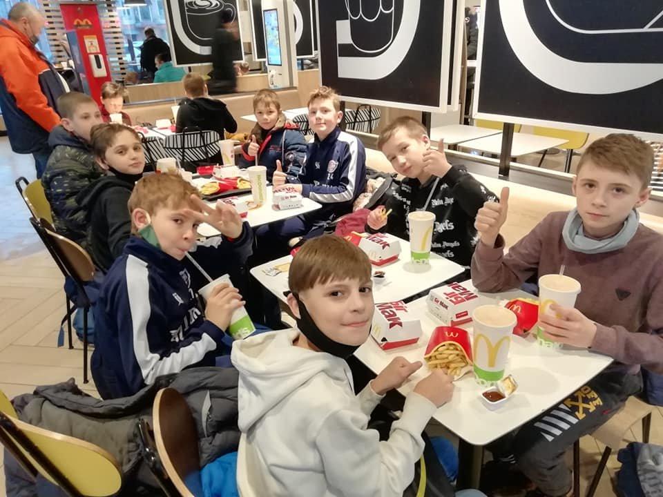 Завоевали 2 победы: лозовские баскетболисты вернулись с  Чемпионата Украины, фото-1