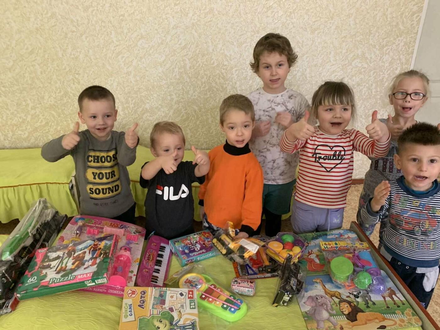 Акция добра: школьники поздравили малышей с Днём Святого Николая, фото-1