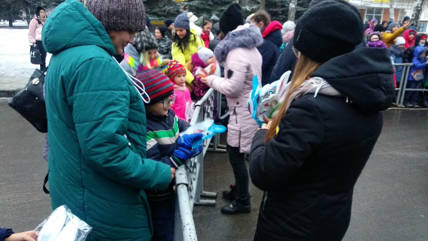 В Лозовой одновременно открыли 2 новогодние ёлки, фото-14