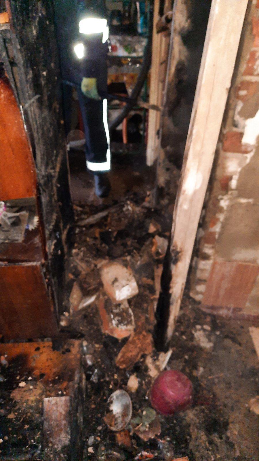 Погибла женщина: на Лозовщине, в Краснопавловке, случился пожар (ИСПРАВЛЕНО), фото-1