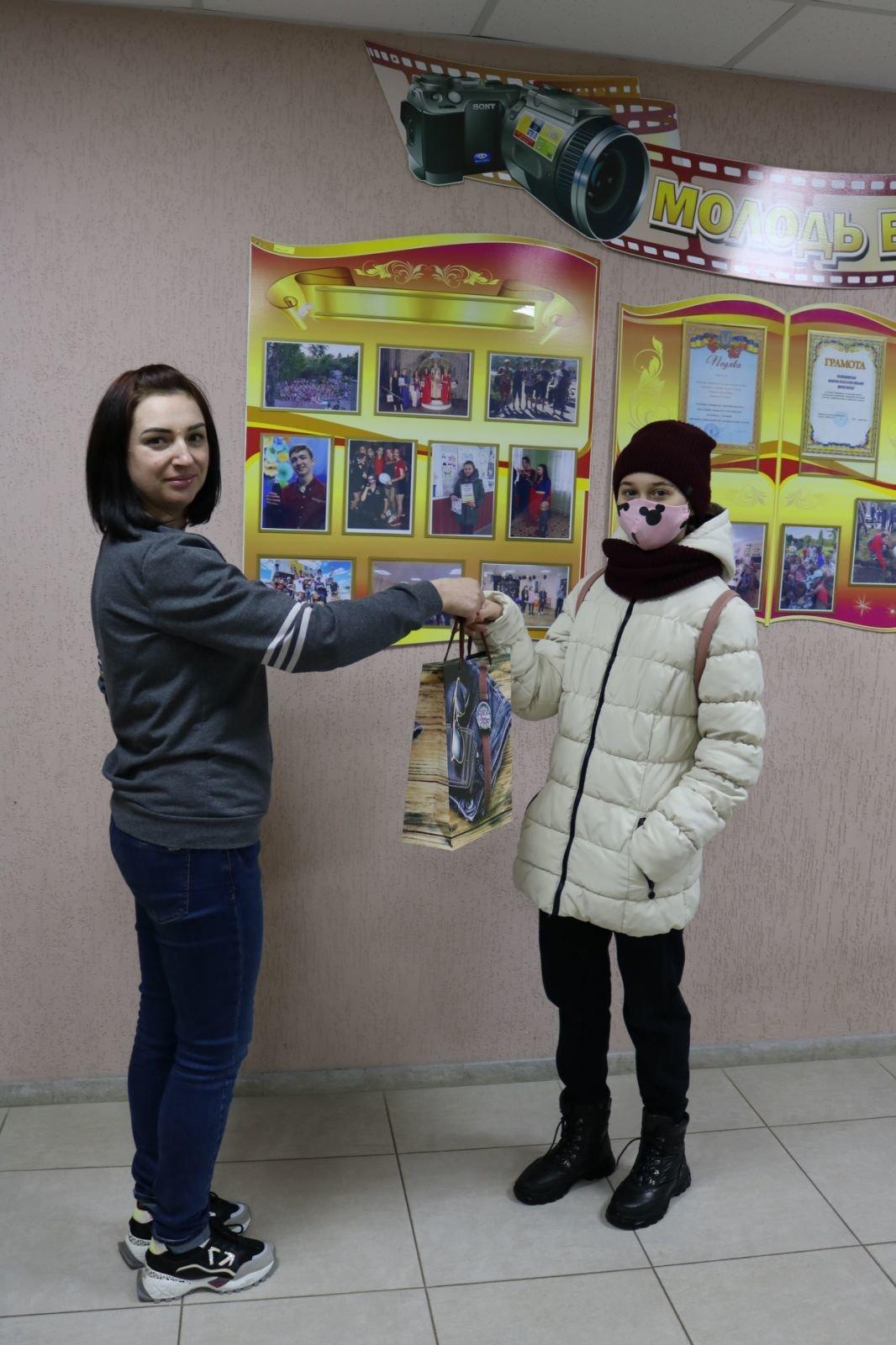 Лозівчани визначили переможців фотоконкурсу до Дня Соборності України, фото-5