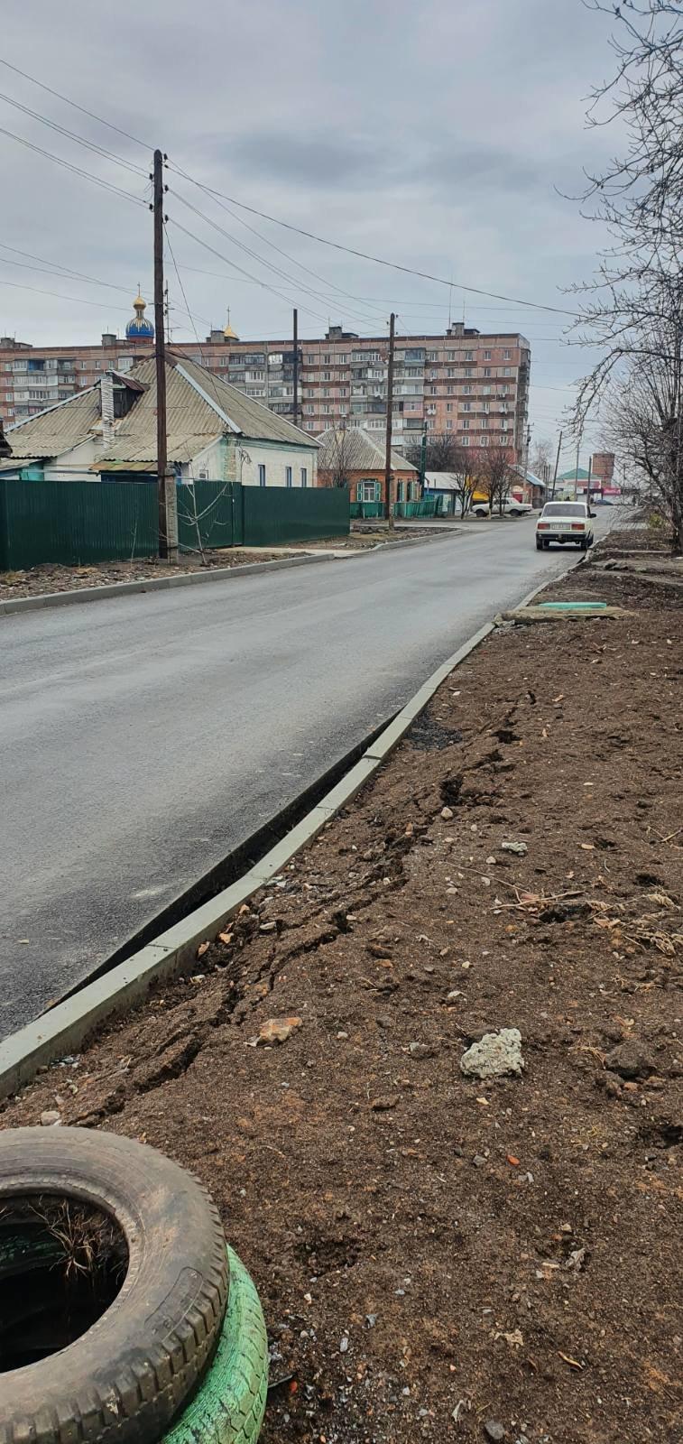 Лозівчани виявили недоліки на новій дорозі, фото-1