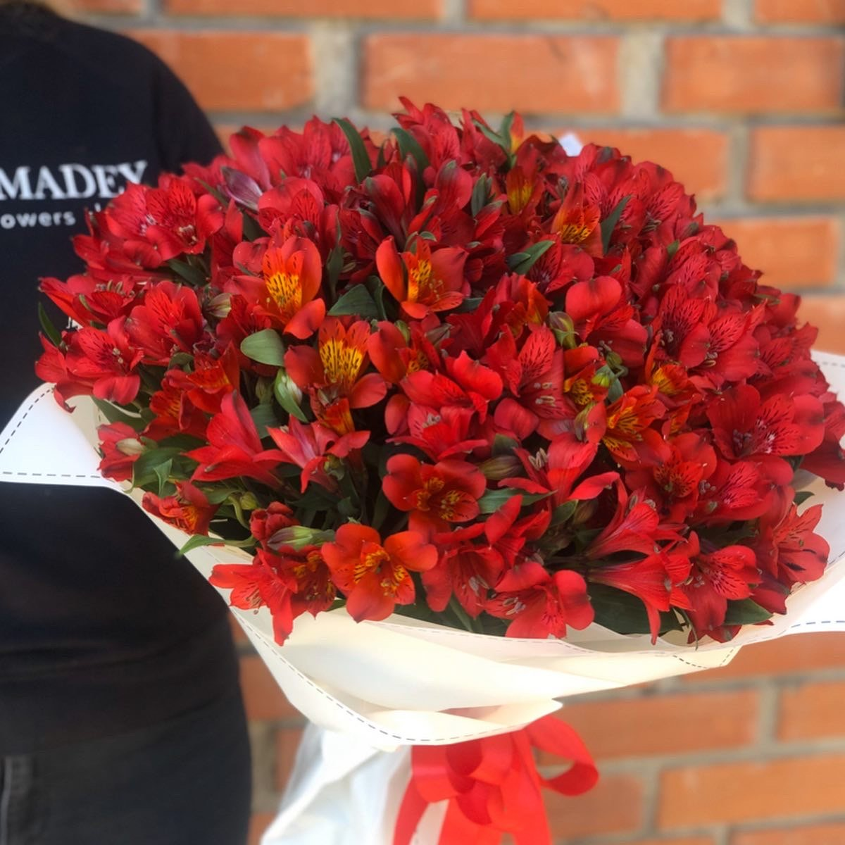 Завжди готові дивувати лозівчан: креативні букети у квітковому салоні «Amadey flowers» , фото-12