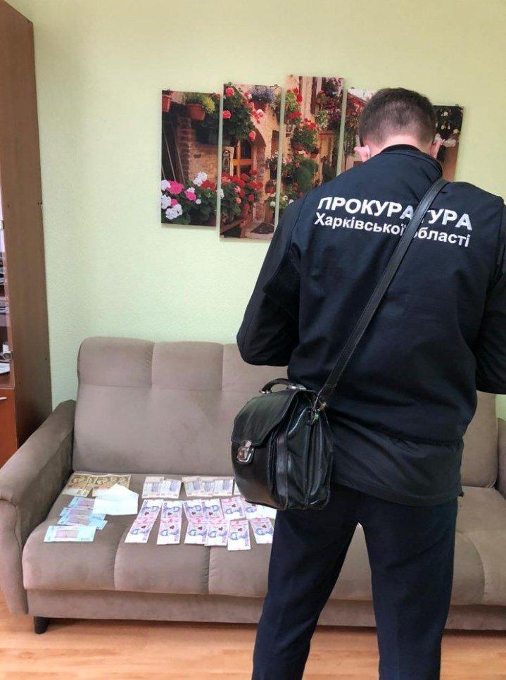 Дав хабар іншому поліцейському: колишній працівник лозівської поліції постане перед судом , фото-2