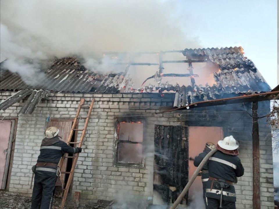 На Лозівщині сталося 2 пожежі, в одній - загинув чоловік, фото-1