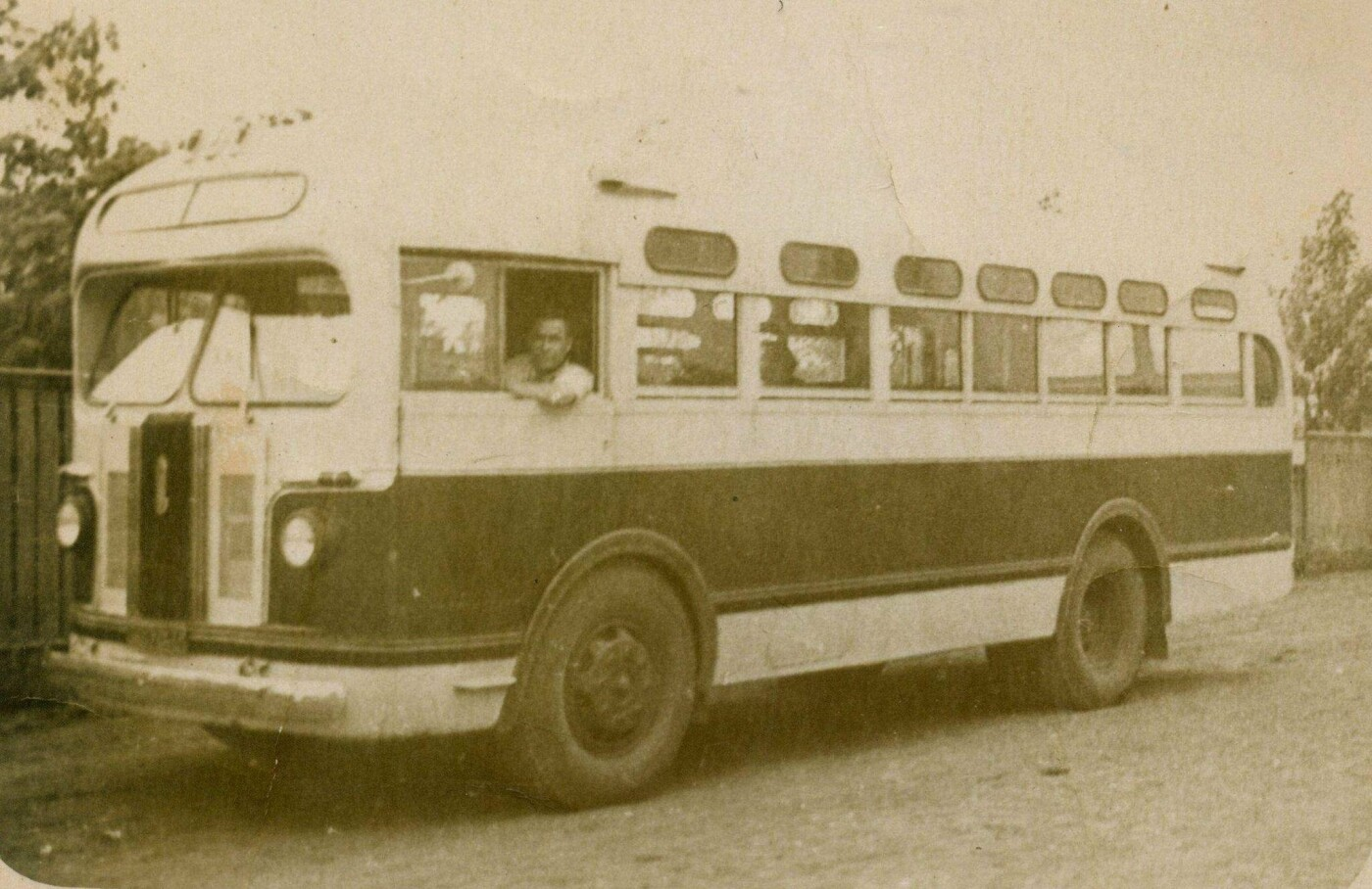 Міський автопарк: яким був перший автобус у Лозовій, фото-4