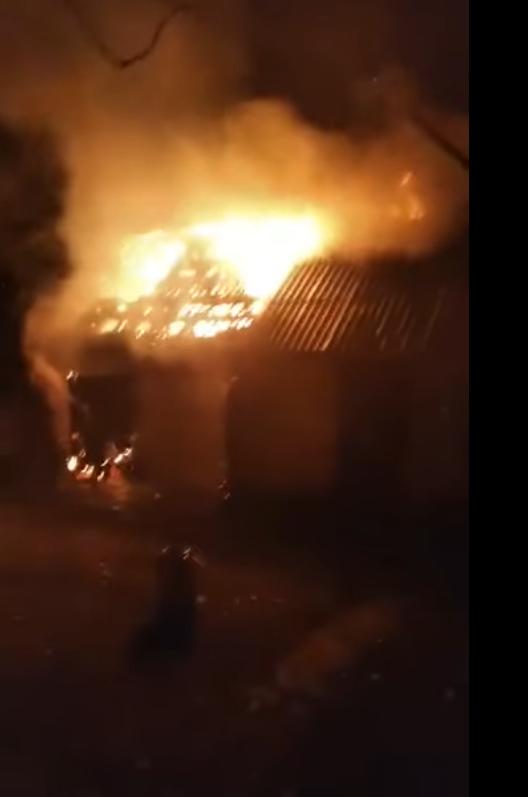 Врятували дім від вогню: на Лозівщині у Близнюківській громаді сталася пожежа, фото-1